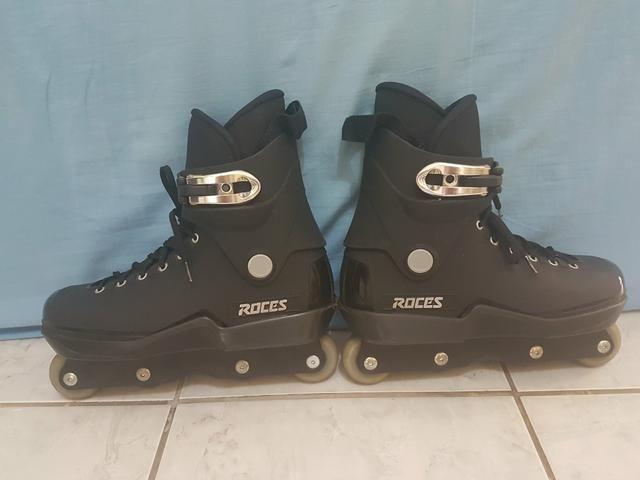 Vendo patins ROSES 40/41 ZAP: 98255-5547