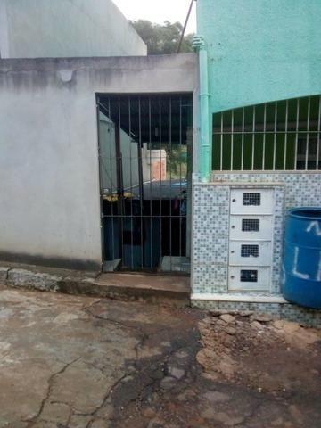 Vendo este prédio com 5 moradias. No Bairro Aeroporto, Cachoeiro do Itapemirim/ES - Foto 4