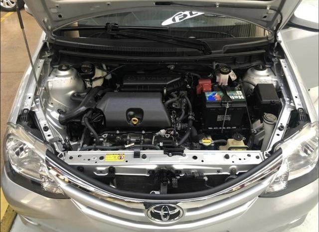 Etios sedan 1.5 2014 - Foto 14