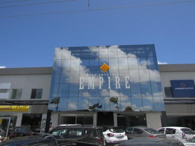Sala no centro empresarial empire, bairro farolândia