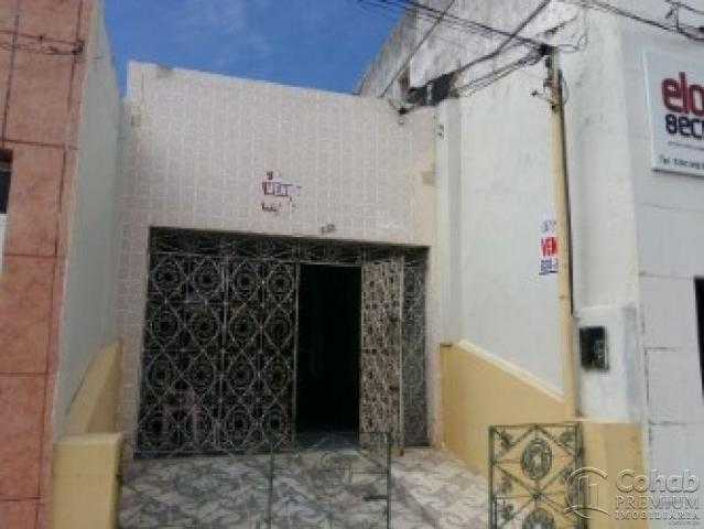 Casa no centro; prox lotérica da rua arauá - Foto 5