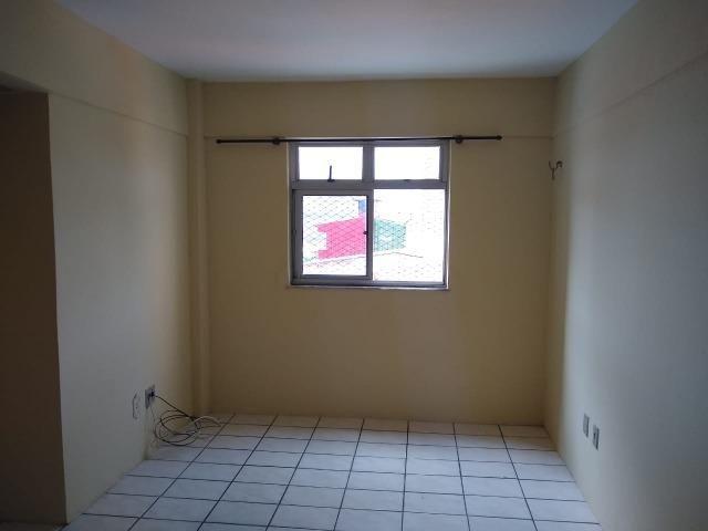 Ótimo apartamento com 02 quartos para aluguel no bairro Joaquim Távora - Foto 2