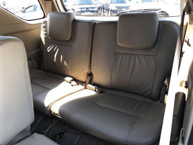 Toyota Hilux Sw4 Srv 3.0 4x4 Automática 7 Lugares - Foto 12