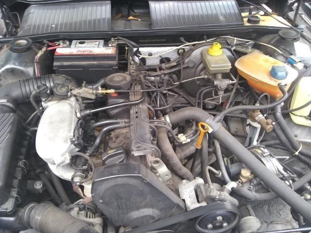 Volkswagen santana confortline, 4 portas, cor preto, completo, alcool e gnv - Foto 10