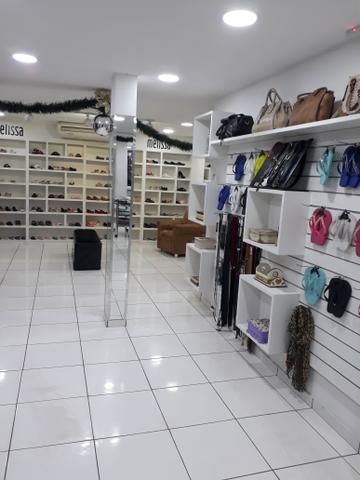 Vendo Loja de roupas Masc. e Fem. calçados e acessorios completa - Foto 7