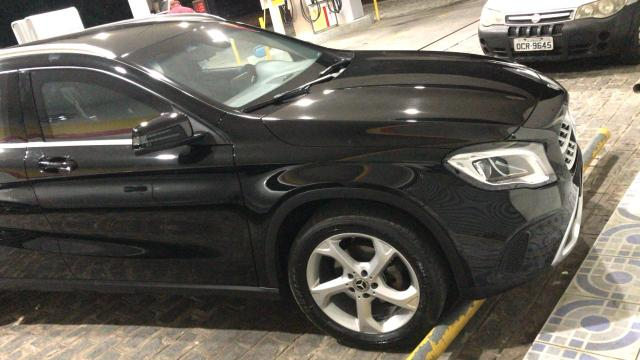 Vendo Mercedes Benz Gla 200 advance 2018 blindada - Foto 2