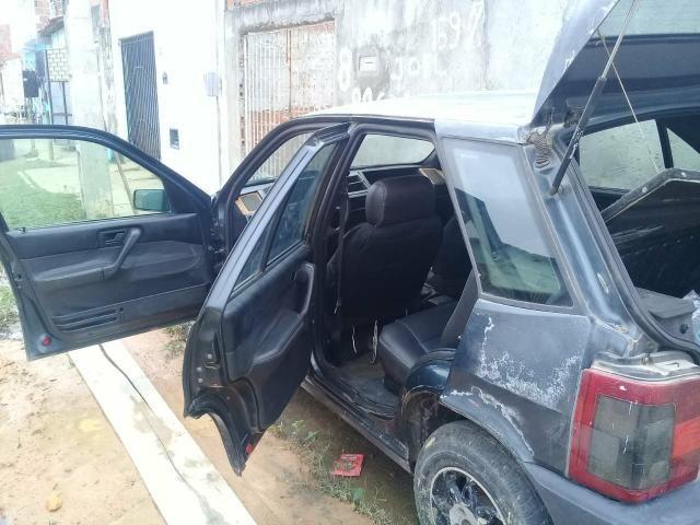 Vende-se um carro Fiat tipo para retirada ou bota pra roda - Foto 4