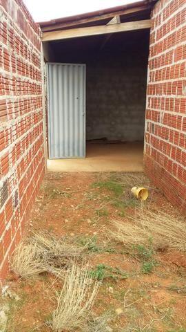 Casa de esquina perto da escola referência nilo coelho troco em moto ou carro conservado - Foto 2