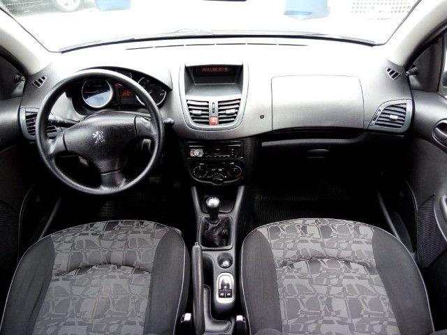 Peugeot 207 XR 1.4 Flex 2010 - Foto 7