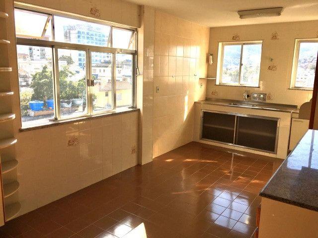 Vendo - Apartamento com dois dormitórios no Centro de São Lourenço-MG - Foto 12