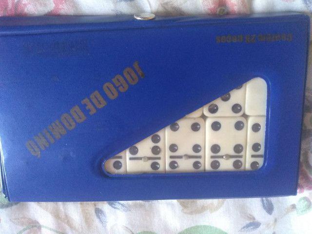 Jogo de dominó - Foto 2