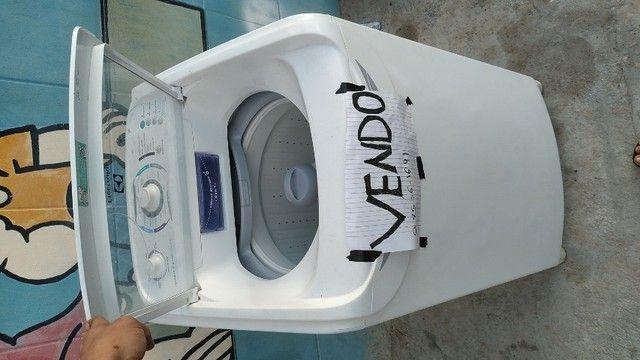 Maquina de lavar Electrolux 8 kg seminova  - Foto 2