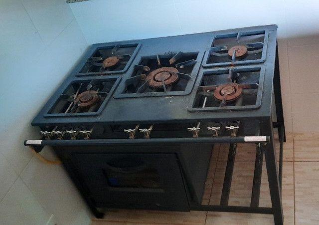 Fogão industrial 5 bocas + forno - Foto 2