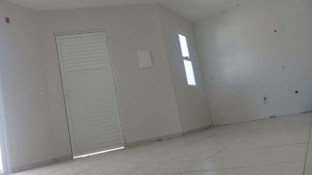 Casa de esquina 02 dormitórios - Bairro Medianeira - Eldorado do Sul - Foto 2