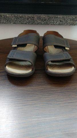 Vendo sandálias semi novas  - Foto 3