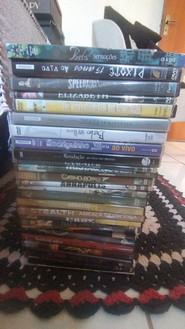 DVDs semi novo...