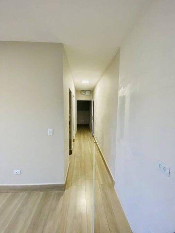Casa nova com excelente padrão de acabamento. - Foto 7