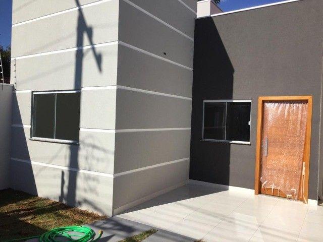 Linda Casa Jardim Montevidéu com 3 Quartos**Venda** - Foto 13