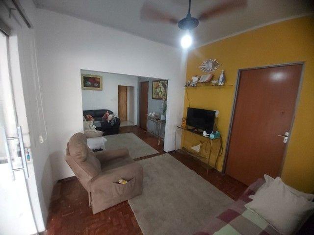 Vende-se casa com ponto comercial - Foto 2