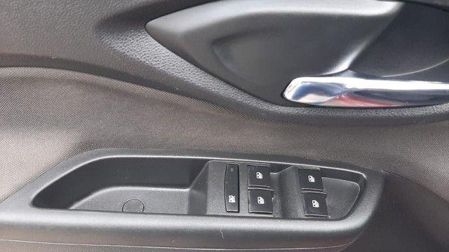 Prisma 1.4 LTZ 2019, Placa i, Completo, Kit GNV 5ª geração, impecável! - Foto 12