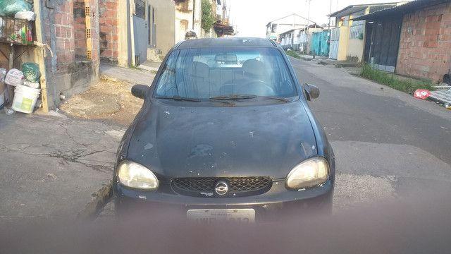 Carro modelo corsa ano 2000  - Foto 2