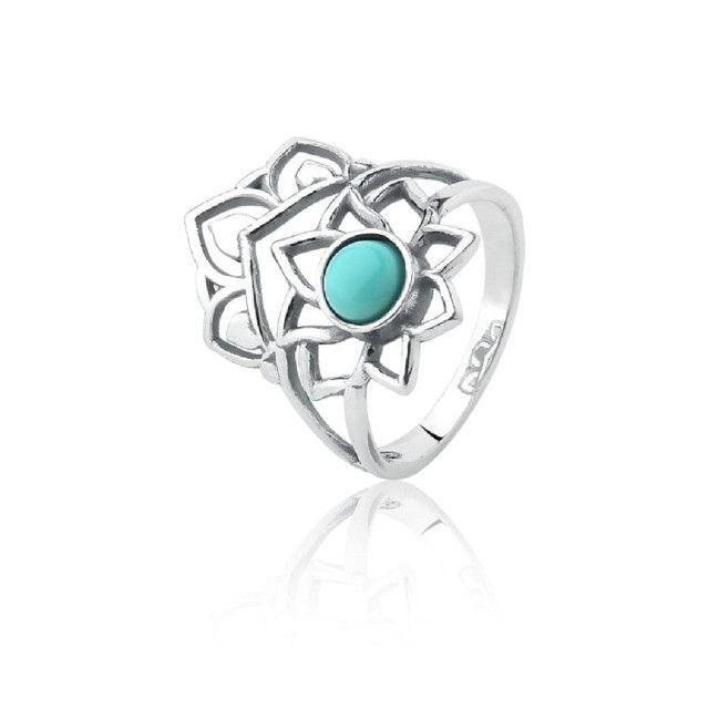 Anel de prata envelhecida flor com pedra turquesa