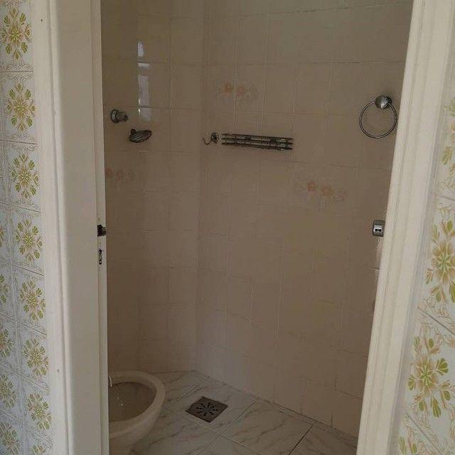 Amplo e arejado apartamento de 3 dorms (1 suíte) à venda no Gonzaga em Santos ? SP - Foto 15
