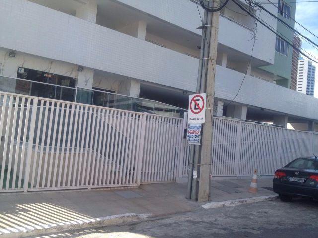 Apartamento em Miramar, 3 quartos