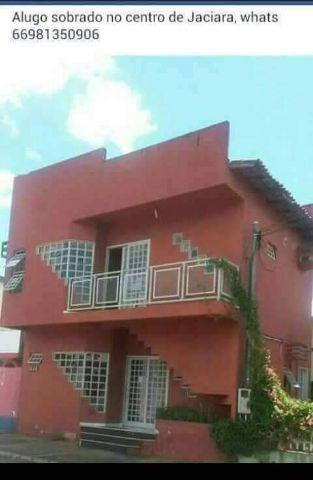 Vendendo Sobrado + 2 casas em Jaciara