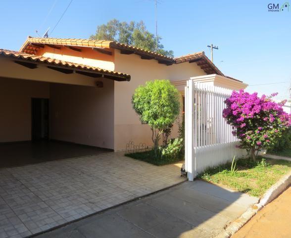 Casa a venda / Condomínio Vivendas Campestre / 03 Quartos / Churrasqueira / Casa de apoio