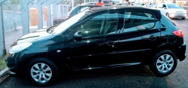 Ágio! Parcela de R$ 332,00! Peugeot 207 2012 1.4 completo 75.000 km rodados