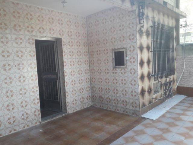 Casa 100% Independente na Vila da Penha, 02 Quartos, Quintal, Garagem etc. - Foto 2