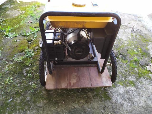 Gerador de Energia Diesel Monofásico (usado) - Foto 4