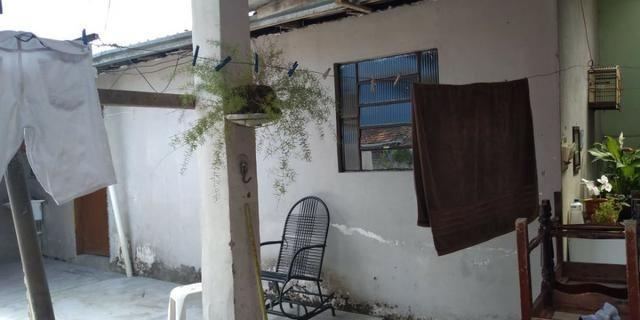 Terreno com 3 casas na Fazendinha em ótimo local 379.000 - Aceita carta e carro - Foto 5