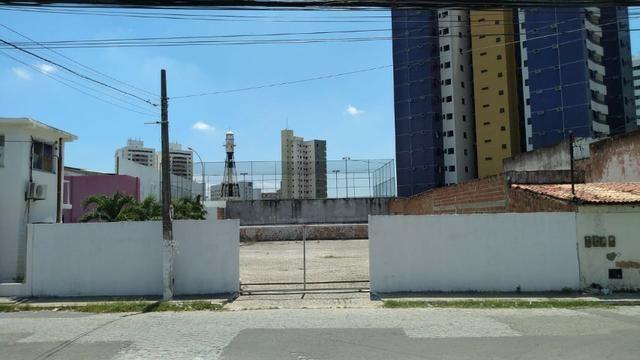 Ponto comercial com 600m² todo murado, no bairro Farolândia - Foto 4