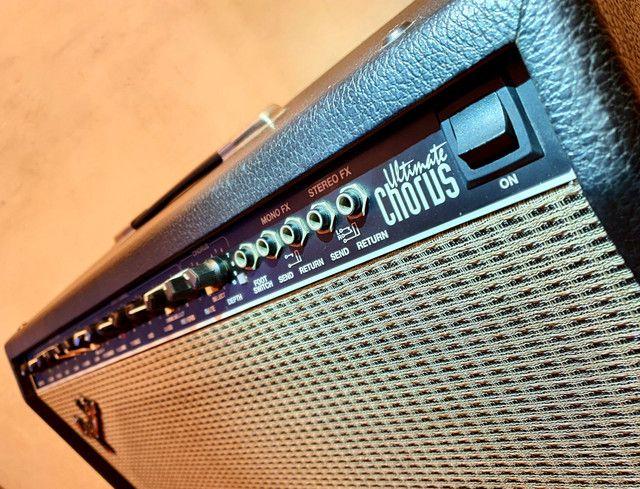 Amplificador Fender Ultimate Chorus 130w Marshall Vox Orange laney blackstar peavey - Foto 5