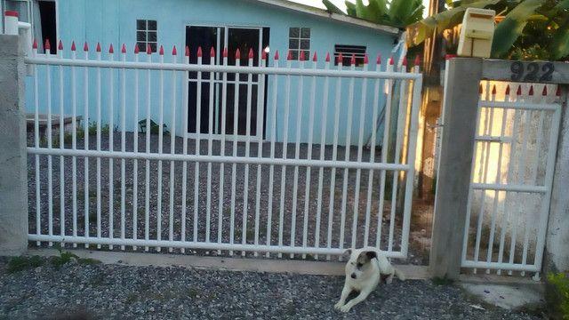 Casa com escritura e registro de imóvel,ItapoàSC,vende ou troca. valor 160,000