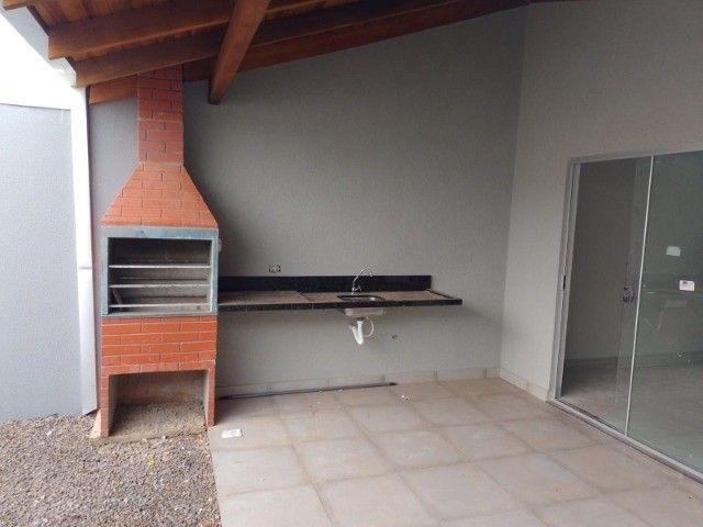 Casa nova com acabamento fino, no bairro Figueiras do Park! - Foto 4