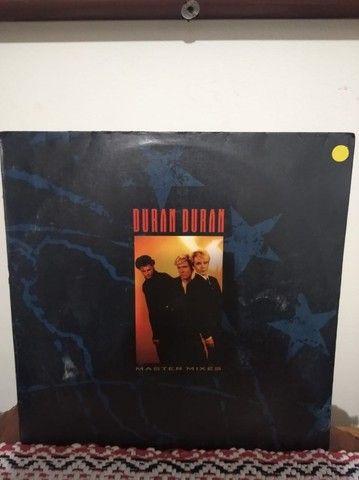 2 LPs\Discos de Vinil - Duran Duran - Arena (1984) e Master Mixes (1988) - Ler... - Foto 2