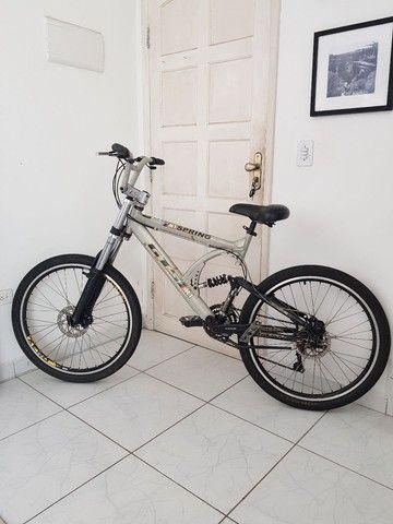 Bicicleta de Aluminio Profissional Aro 26