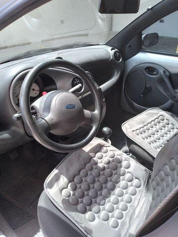Ford Ka só 26mil km com ar - Foto 3