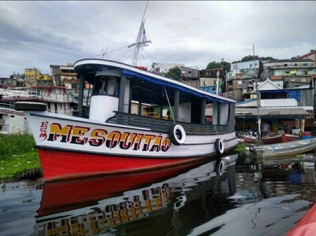 Barco pronto para negócio