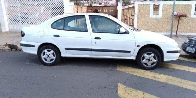 Vendo Renault Megane 1999 - Foto 2
