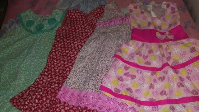 4 vestidos de 2 anos