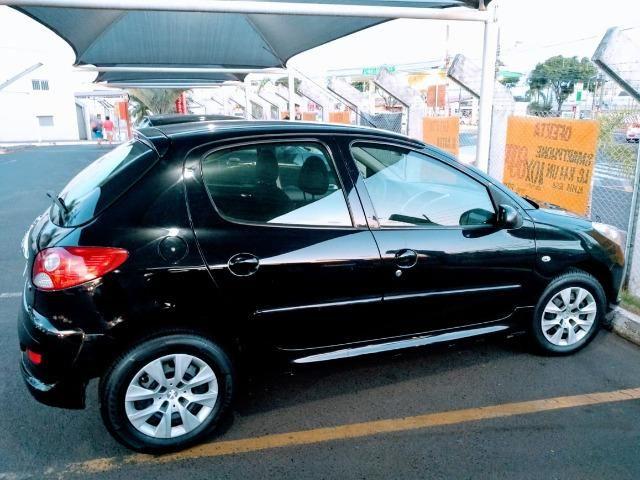 Ágio! Parcela de R$ 332,00! Peugeot 207 2012 1.4 completo 75.000 km rodados - Foto 5