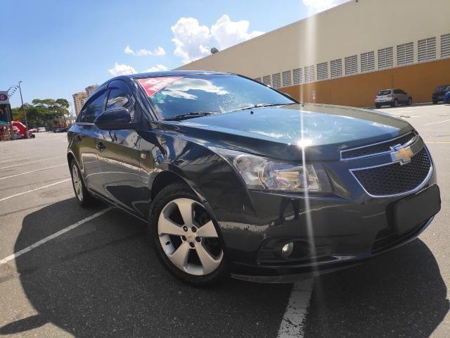 E# Chevrolet Cruze sedan LT 1.8 - completo - couro - conservado - automatico