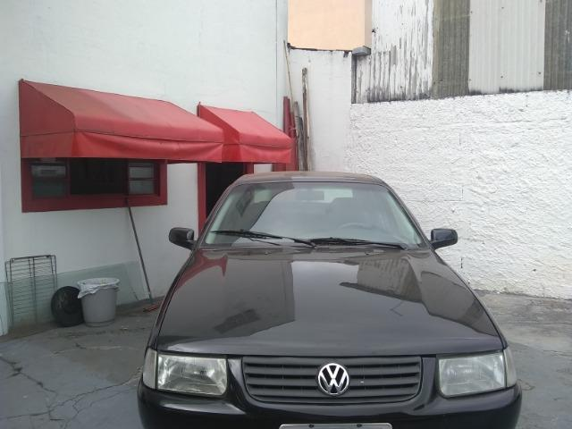 Volkswagen santana confortline, 4 portas, cor preto, completo, alcool e gnv