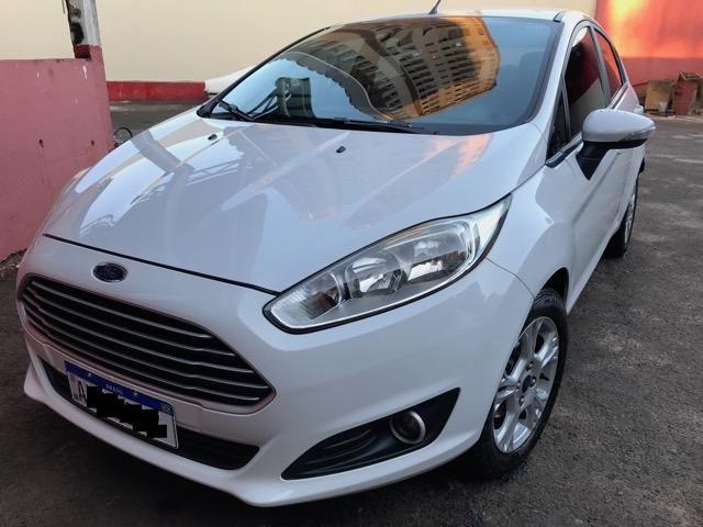 Ford New Fiesta 2014 Branco 1.5 SE
