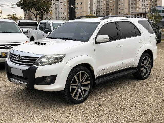 Toyota Hilux Sw4 Srv 3.0 4x4 Automática 7 Lugares