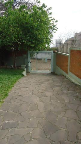 Ótima casa 3 dormitórios com vaga no Cristal próximo Avenida Icaraí - Foto 2